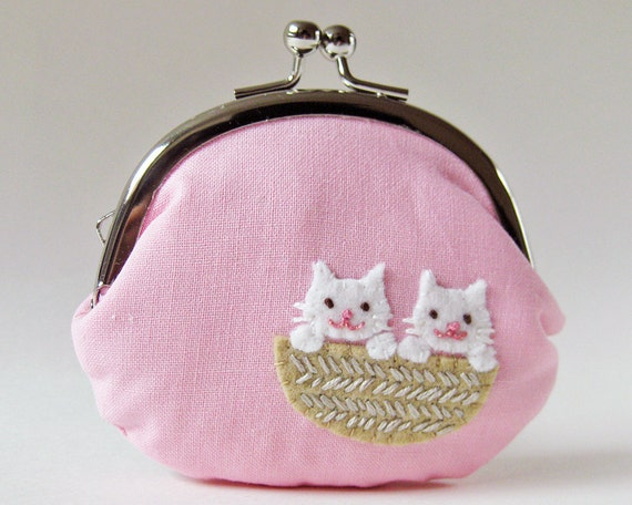 Kittens in a basket coin purse