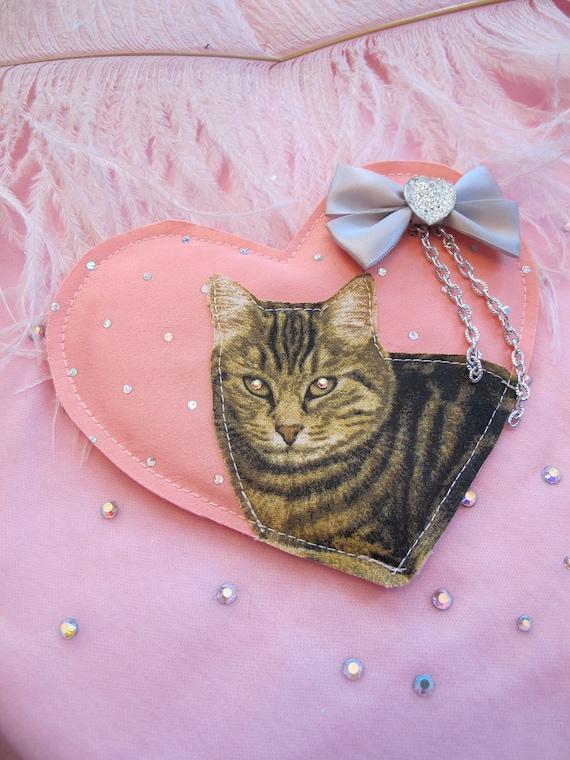 Kitty Heart Badge