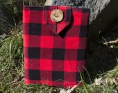iPad sleeve with a lumberjack vibe, red and black plaid, corduroy, cotton, padded