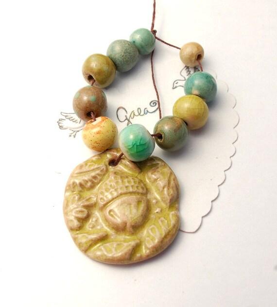 Under a Tree / Acorn Pendant and Bead Set