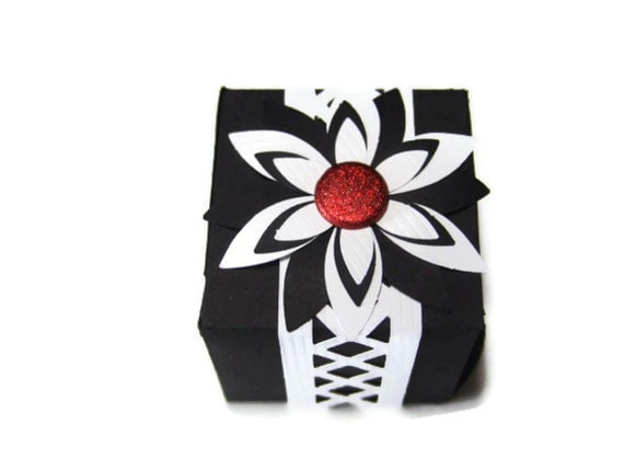 Ready to Ship Black and White Gift Box
