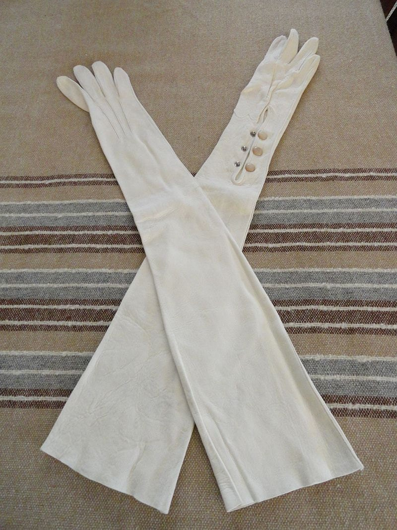 Vintage ladies leather opera gloves -  Vintage Long Opera Length Gloves Kid Suede Leather Luken 5 Zoom