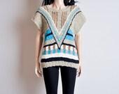 tribal geometric print sweater / nubby / dolman sleeve / s / m
