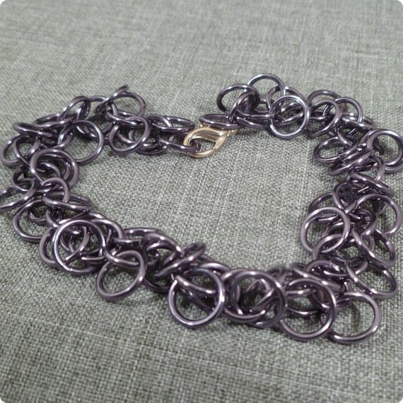 Black Ice - Shaggy Loops Chain Maille Bracelet - Gunmetal