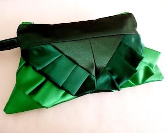Retro Style Green Green Green Ruffle Wristlet