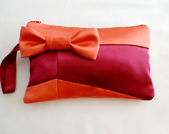 Retro Geometric Style Coral and Berry Wristlet with Bow