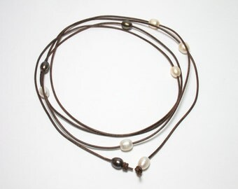 Pearl Leather Long Lariat Necklace, Freshwater Pearls on Leather Cord Necklace, Mixed Color Pearl, Wrapping Bracelet, Brown Leather Cord