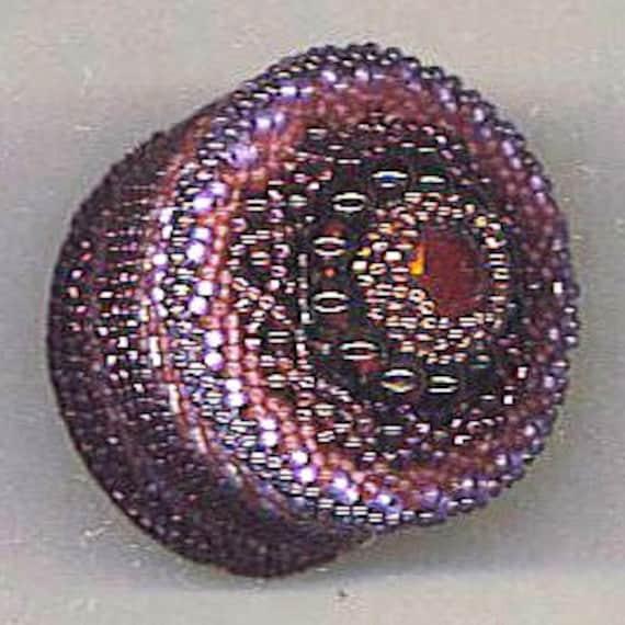Small Beadwoven Box . Genuine Garnets . Lilac, Purple, Burgundy, Lavender . Mandala . Birthstone for January - Keepsakes by enchantedbeads