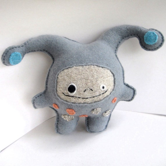 Blue Gray Strange Foo - Recycled Cashmere Plush Toy