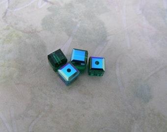 Swarovski Crystal (Emerald)-R