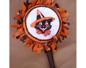 Halloween decoration noisemaker rattle vintage style holiday home decor black cat shabby chic old fashioned retro trick or treat