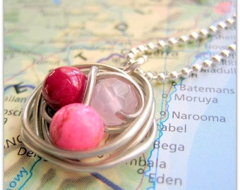 Wire-Wrapped Robin's Nest Pendant in Reds on Silver Ball Chain