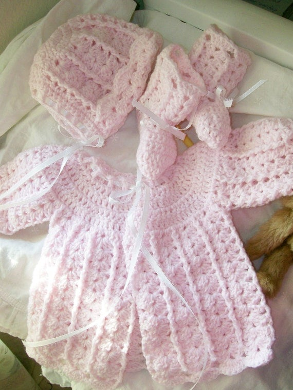10.00 OFF -  VINTAGE STYLE Beautiful Hand Crocheted Sweater Set for a Special Baby Girl - Newborn - Pink