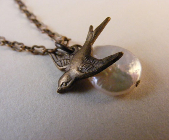 Tiny Swallow and Coin Pearl Necklace Bird and Pearl Women's Jewelry Tiny Bird Necklace