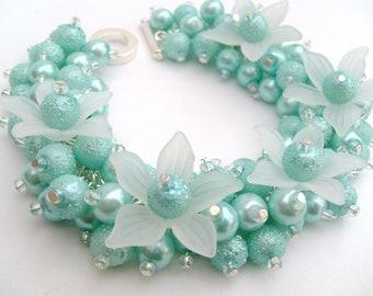 Mint Green Bracelet, Pearl Beaded Bracelet With Flowers, Cluster Bracelet, Chunky Bracelet, Bridesmaid Bracelet, Mint Wedding