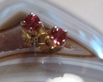Red Orange Songea Sapphire ... Post Earrings ... 14 kt Gold  .................                   e5344