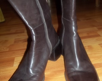 Reduced - Urban Chic ENZO ANGIOLINI Brown Leather Boots Size 10M