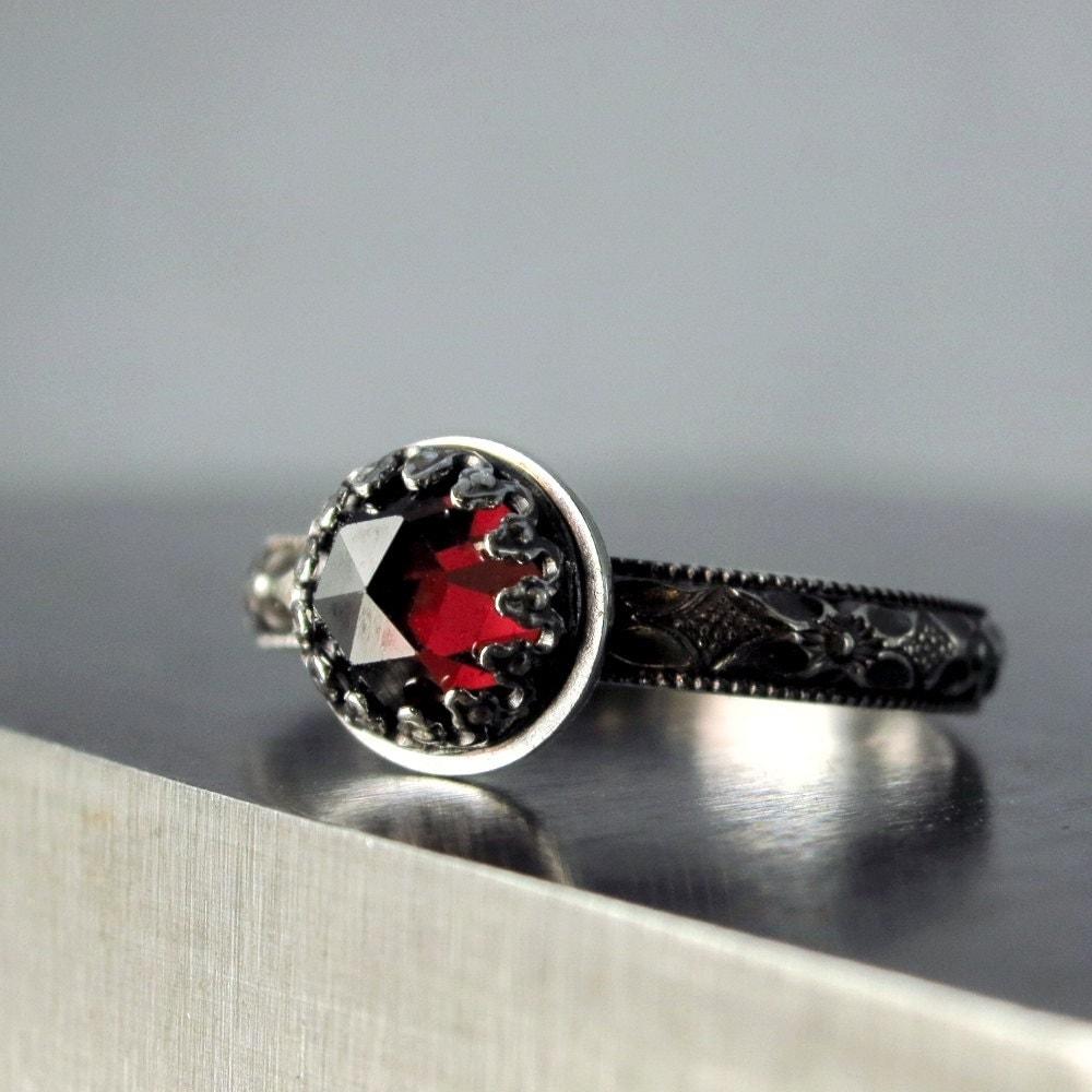 garnet ring sterling silver red faceted by barrondesignstudio. Black Bedroom Furniture Sets. Home Design Ideas