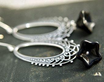 Black Lily Chandelier Earrings, Dangle earrings, Silver Filigree Earrings, Black Flower Earrings, Filigree Chandelier Earrings