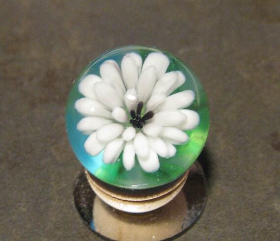 Soft (Soda Lime) Glass White Flower Marble