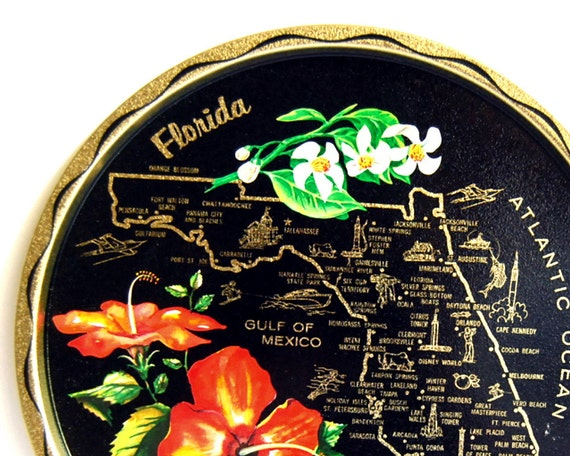 Vintage Florida Tray Souvenir Metal Serving Drinks Tray and Coaster Set
