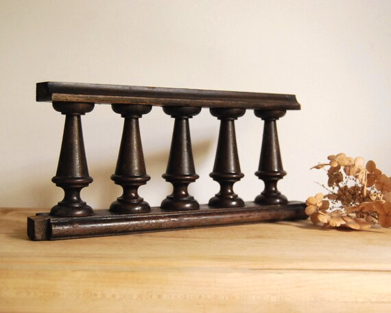 Vintage Architectural Salvage Wood Fragments, Carved Turned Wood Rails Spindles