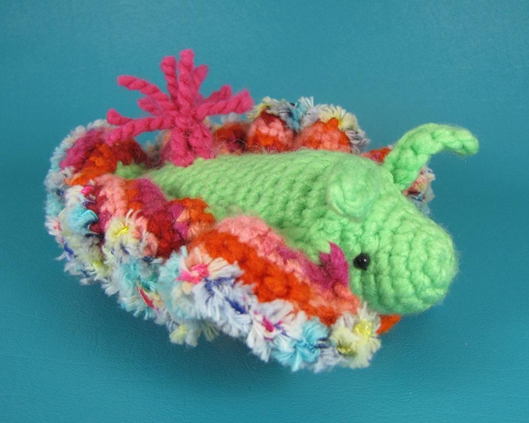 Amigurumi Sea Star : Sea Slug PDF amigurumi crochet pattern