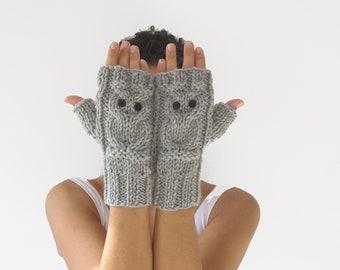 Owl Light Gray - Grey Fingerless Gloves - Mittens