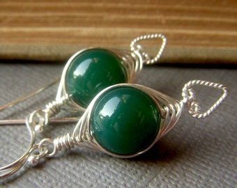 Green Onyx Herringbone Weave Earrings on Sterling Silver, Wirewrapped Emerald Green Gemstone Dangle, Wirework Jewelry