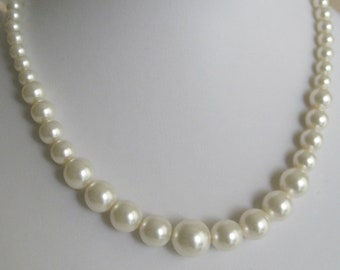Bride - Bridesmaids Pearl necklace - Bridal Jewelry - Bridal Accessories - Wedding Jewelry