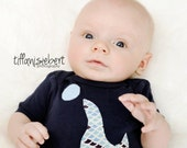 PLAYFUL SEAL APPLIQUED on baby bodysuit.... light blue or navy...... Cute neutral baby shower gift
