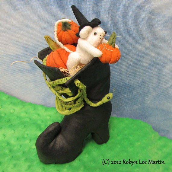 Primitive Pumpkin Mouse Witch Boot Snake OOAK