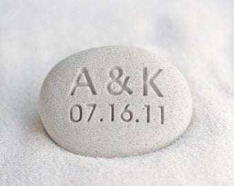 Gift for couple - Petite oathing stone with Personalized initials and date - Petite love stone by sjEngraving