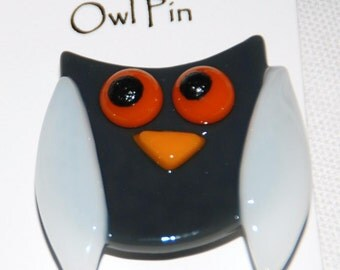Adorable Owl Pins in Fused Glass, Colorful and Fun, FREE shipping