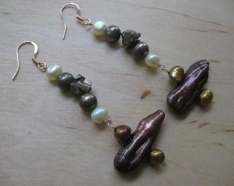 Insouciant Studios Fallen Leaves Earrings Pearl Pyrite