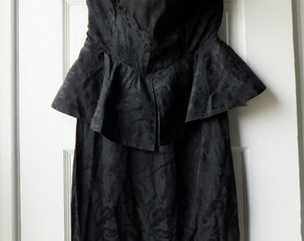 1980s strapless silk dress / 80s silk peplum dress /  LBD with peplum in black silk