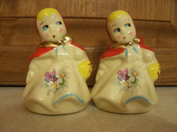 Vintage Hull Little Red Riding Hood Salt And Pepper Shakers