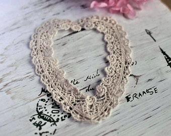 2pcs 10cmx12cm (natural unbleached) cotton lace heart appliques (S555)