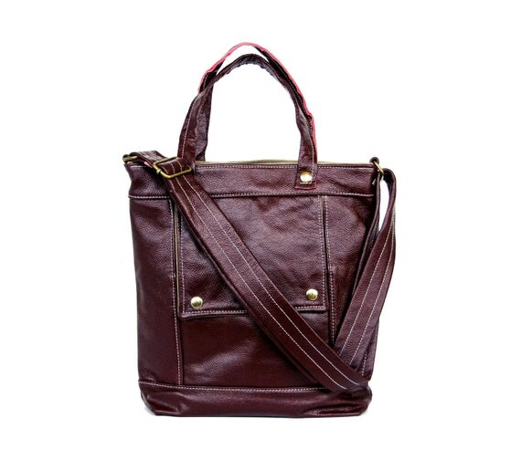 Packet in Dark Plum Leather - LAST ONE - Ready to Ship