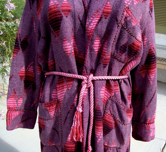 Vintage BEACON BLANKET ROBE Art Deco