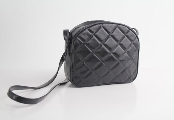 80s vintage black supple QUILTED LEATHER purse