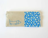 zipper pouch purse. bright blue floral with sausage dog. vintage fabric and linen.