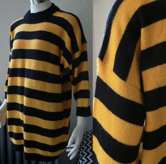 80's / 90's - Yellow and Black Striped Oversized Sweater - S M L