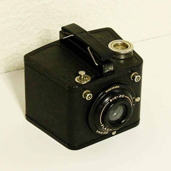vintage kodak camera brownie flash six 20 620 by oldcottonwood. Black Bedroom Furniture Sets. Home Design Ideas