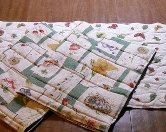 Quilted Floral Country Cottage runner & 2 place mats