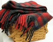 Vintage Pendleton Tartan Plaid Warm Wool Blanket Lake House decor Green Red LARGE