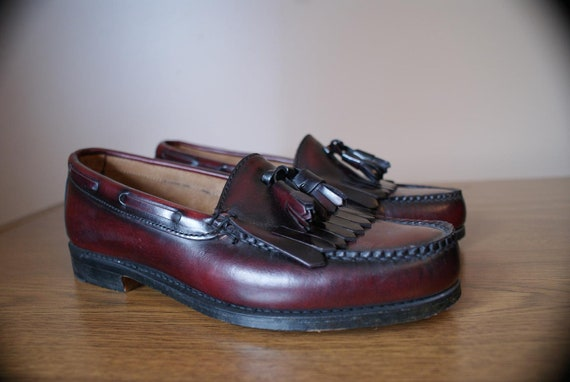 Bordeaux Leather BASS Fringe and Tassles Loafers 9