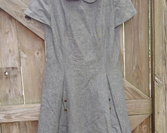 Vintage Dress -- David Warren Vintage Gray Wool Dress, 1960s, Perfect for Autumn and Winter