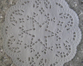 Made In Germany 15 Fancy Paper Lace Doilies Star Doily 6 Inch  GD 401