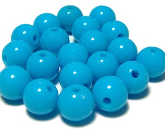 BULK QUANITITES 10mm Smooth Round Acrylic Beads in Sky Blue 70 beads